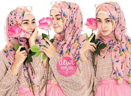 cara-memakai-hijab-dewi-neelam