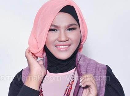 tutorial-hijab-untuk-muka-bulat