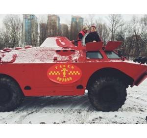 kendaraan lapis baja dipakai jadi taksi4