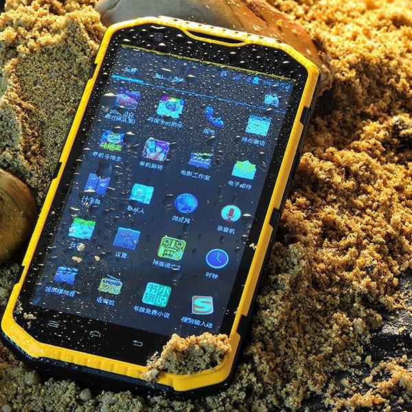 Smartphone terkuat dan tertangguh di dunia4