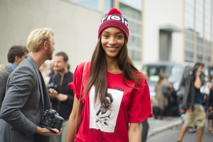 Tips belanja menjelang Natal ala model Jourdan Dunn1